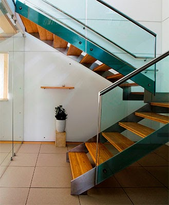 The Modish Aluminum Staircase