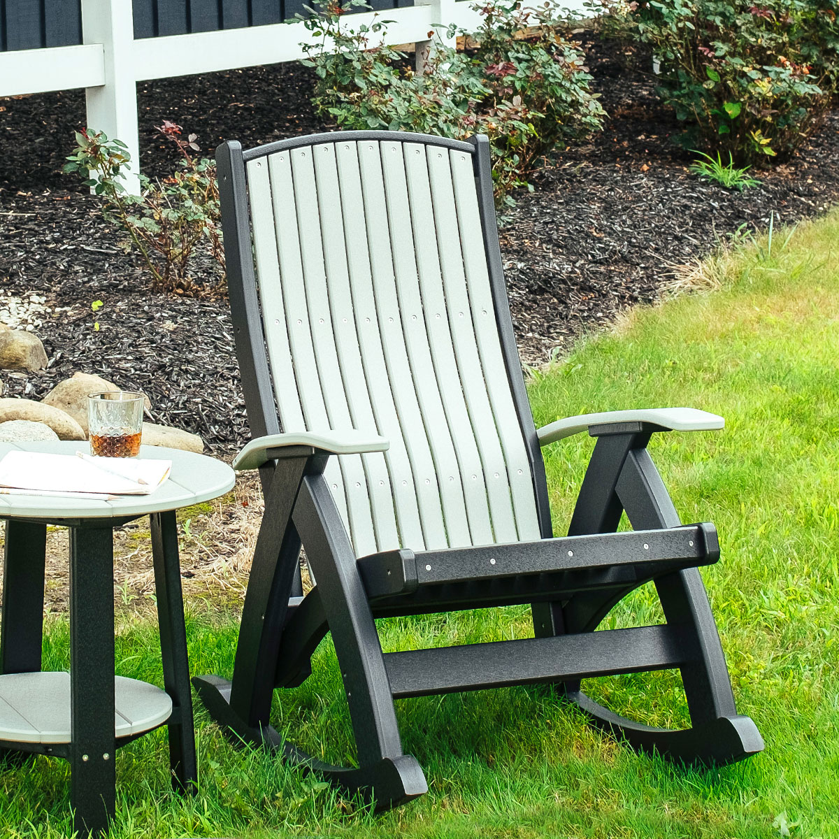 Why Choose Poly Furniture for Outdoors?