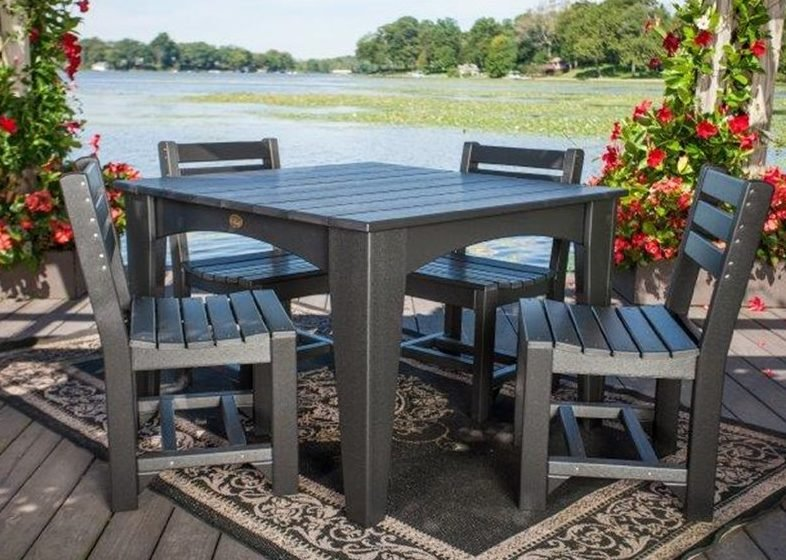 Read more about the article Why Choose LuxCraft Outdoor Furniture